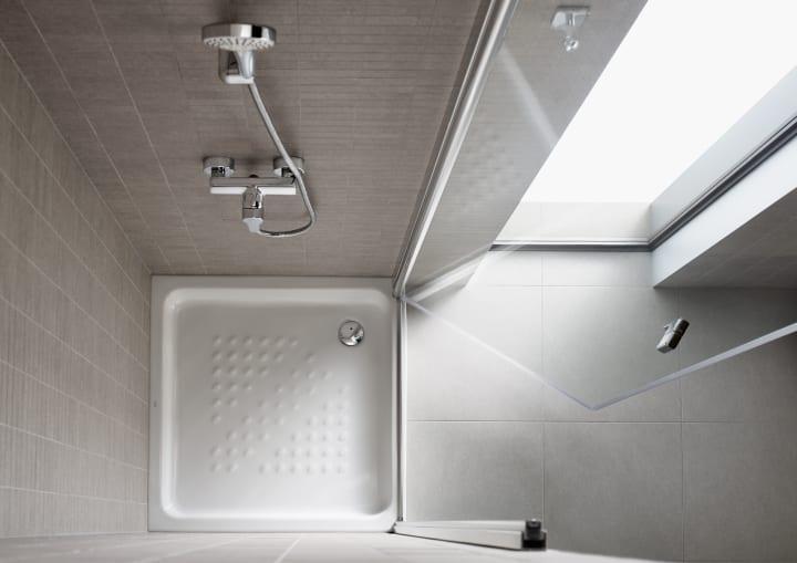 Platos de ducha soluciones ducha colecciones roca - Roca platos de ducha ...