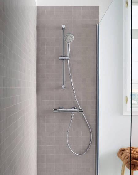 Barra de ducha con soporte regulable de Roca