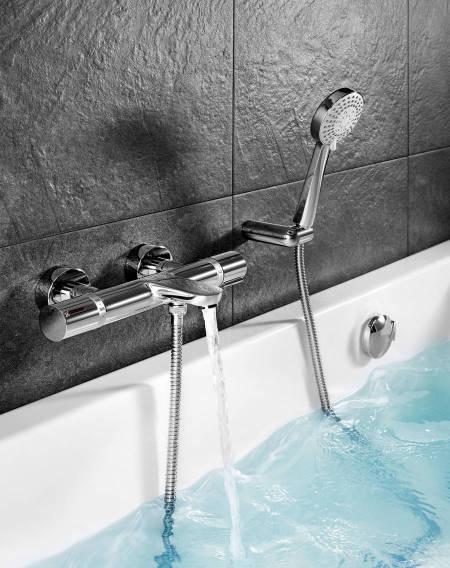 Grifería termostática para bañera de Roca