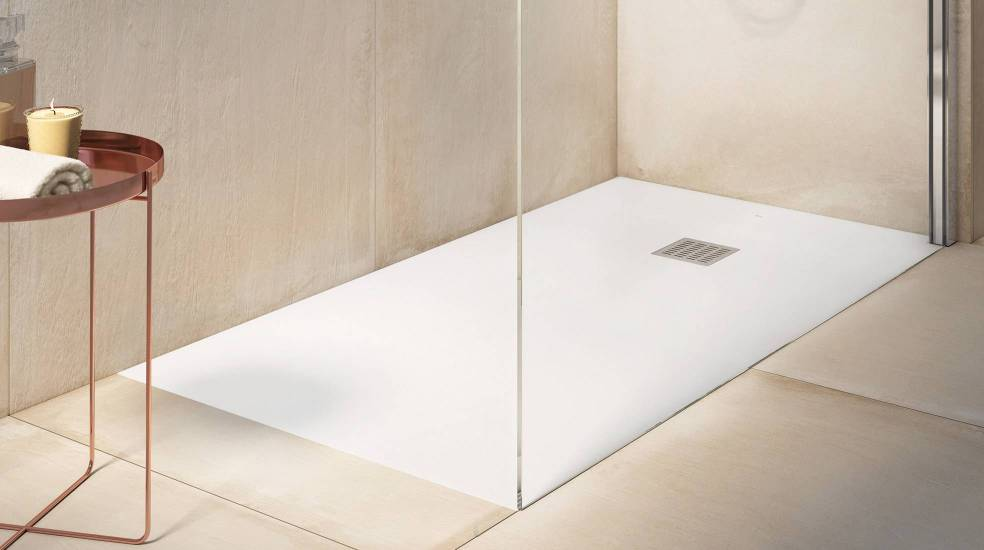 Platos de ducha Stonex, un material resistente y de larga duración