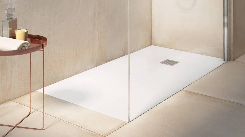 Plato de ducha Terran de Stonex® en acabado blanco