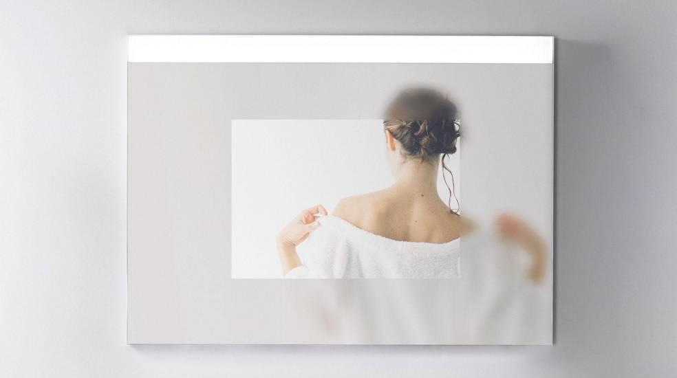 Espejo con placa antivaho de Roca