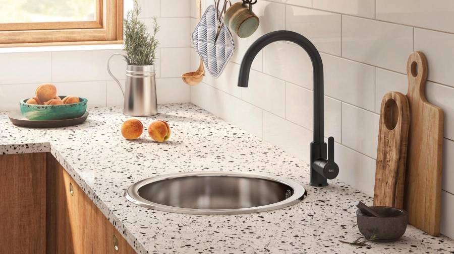 Mencia Kitchen Faucet Black