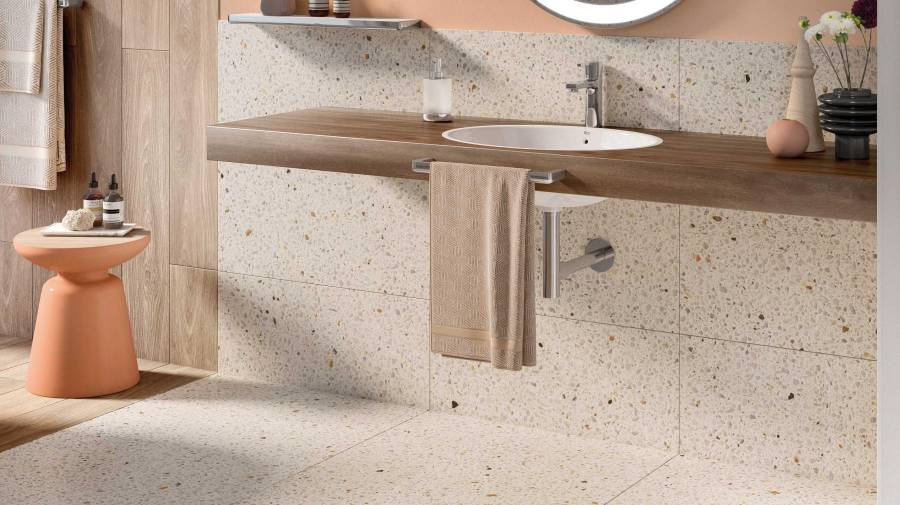 Descubre 7 formas de colocar el lavabo de tu ba o roca life for Colocar encimera
